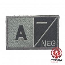A- NEG Bloedgroep Zwart Grijs Geborduurde Militaire Patch met Velcro