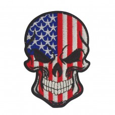Militaire geborduurde patch skull / doodshoofd in de kleuren Amerikaanse vlag met velcro