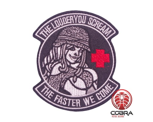 The Louder You Scream the Faster We Come Military Pinup Girl Geborduurde militaire Patch met klittenband