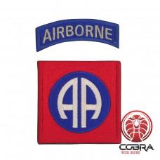 Geborduurd embleem van 82nd Airborne Division Rood blauw met klittenband